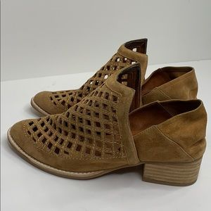 Jeffrey Campbell Suede Leather Booties Size 7.5